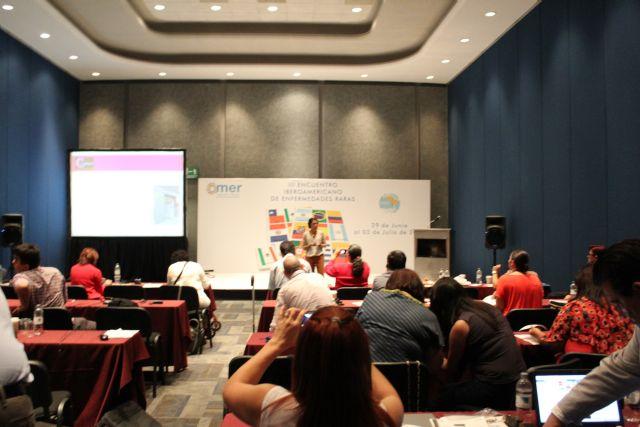 El proyecto Terapia de la amistad y el Centro Multidisciplinar Celia Carrión Pérez de Tudela se exponen en el III encuentro Iberoamericano de Enfermedades Raras, Foto 2