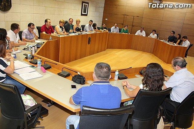 Se constituyen los cuatro grupos políticos municipales y las sesiones ordinarias de pleno se continuarán celebrando el último jueves de cada mes, Foto 1