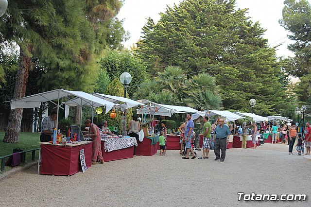 Los interesados en la instalación de expositores en el Mercado Artesano-Creativo de Santiago tienen hasta el 17 de julio para presentar sus solicitudes, Foto 1