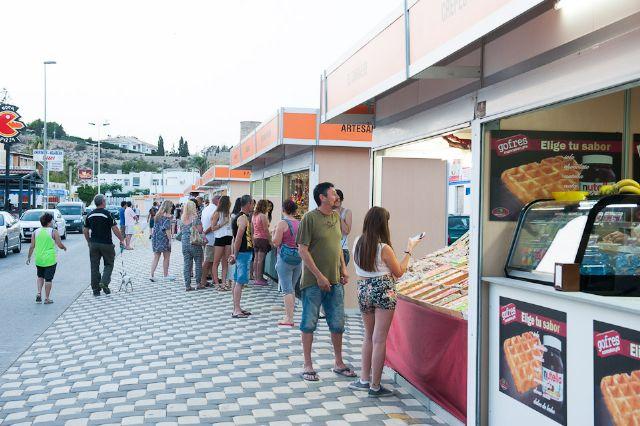 El mercado de verano de Puerto de Mazarrón amplía la oferta comercial y de ocio, Foto 3