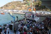 Pescadores y vecinos rinden honores a la Virgen del Carmen