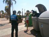 La policía local inicia campaña de vigilancia para concienciar sobre el buen uso de contenedores