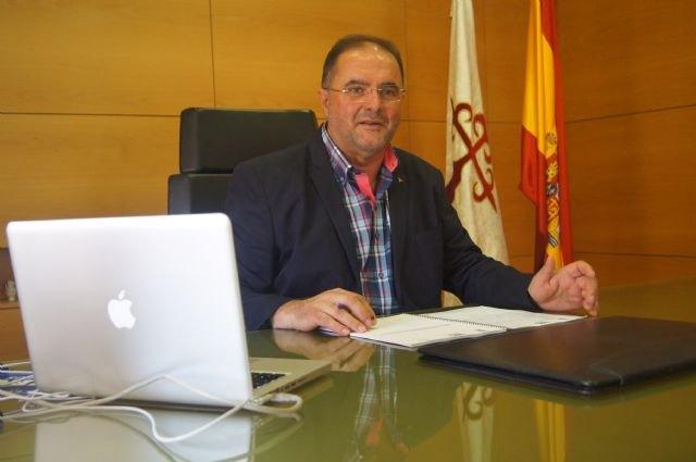 El regidor de Totana es convocado al Consejo de Alcaldes de la Región de Murcia que se reunirá, por primera vez, este próximo viernes en el Palacio de San Esteban
