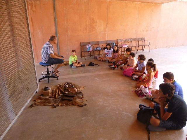Un total de 11 niños y niñas participan en la Semana de la Prehistoria en La Bastida, Foto 2