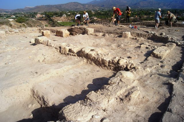 "Murcia.com sponsors the II Golf archaeological work at the site of ""The Cabezuelas"", Foto 6"