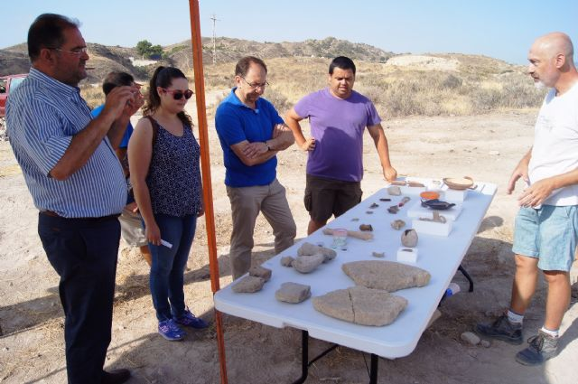 "Murcia.com sponsors the II Golf archaeological work at the site of ""The Cabezuelas"", Foto 7"