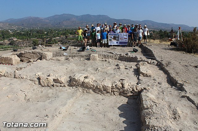 "Murcia.com sponsors the II Golf archaeological work at the site of ""The Cabezuelas"", Foto 1"