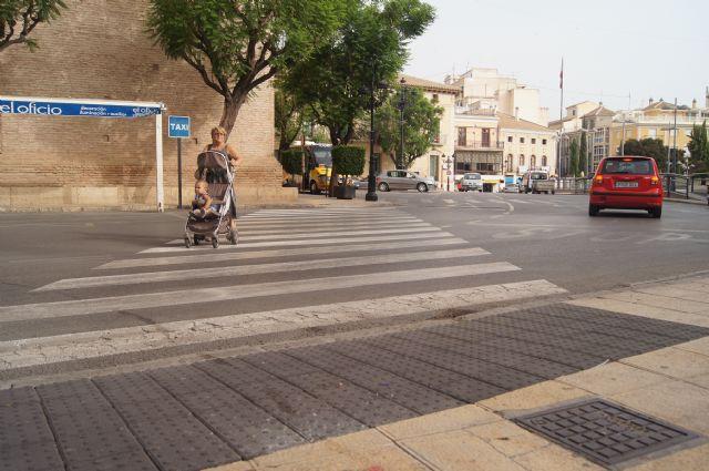 Finalizan las obras de accesibilidad para que las personas con movilidad reducida puedan conocer los monumentos turísticos del centro histórico, Foto 2