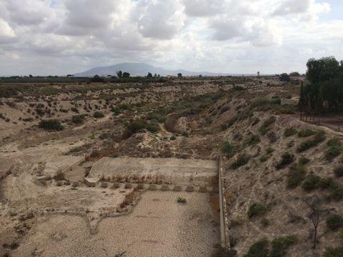 El alcalde advierte del peligro que existe de inundación en el núcleo rural de Las Ventas y el Camino Real por una embocadura abierta en el Canal de El Paretón si la CHS no toma medidas, Foto 7