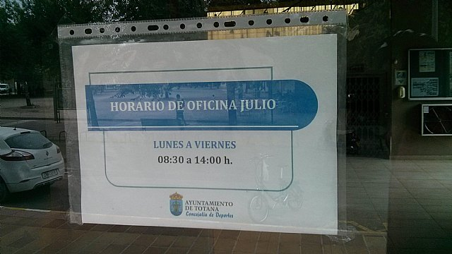 El PP denuncia que servicios de la Concejalía de Deportes Manolo Ibañez están cerrados en agosto, Foto 3