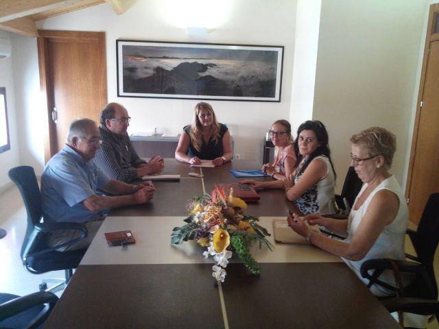 Reunion de CEBAG con la alcadesa de Mazarrón, Foto 2