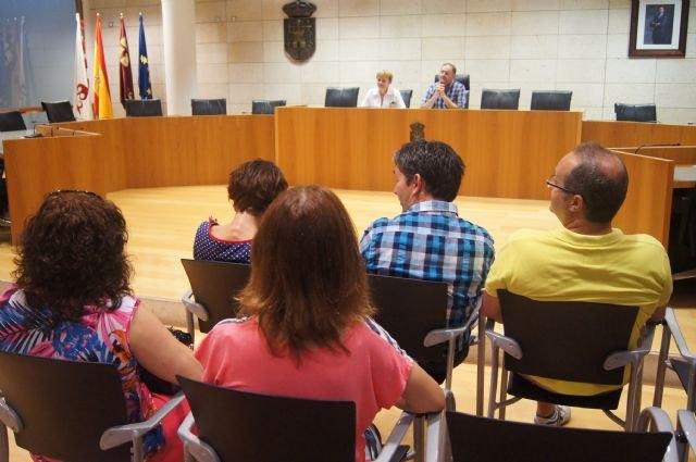El Gobierno municipal mantiene una ronda de reuniones con representantes de los colectivos profesionales y sociales del municipio de Totana, Foto 1