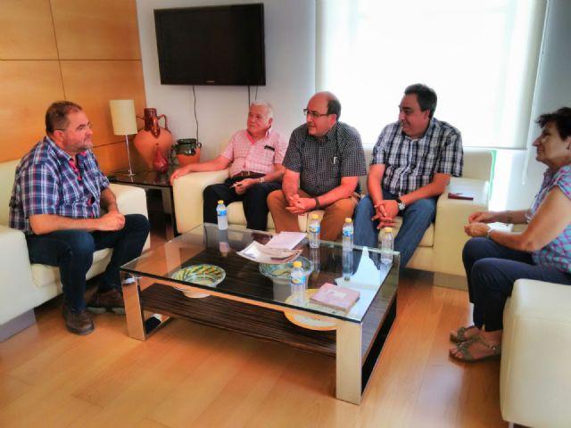 CEBAG mantiene una reunion con el alcalde y varios miembros del equipo de gobierno de Totana