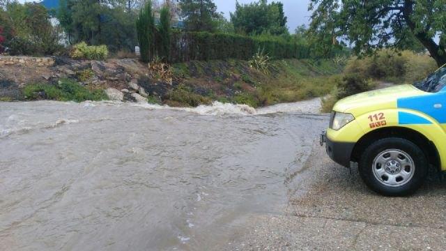 El temporal de lluvias deja, por el momento, cerca de 60 litros por metro cuadrado de media en el municipio de Totana, Foto 1