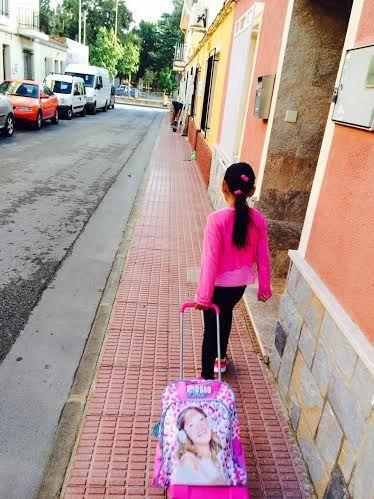Un total de 3.478 alumnos de Educación Infantil y Primaria comenzaron hoy el curso escolar 2015/16 con normalidad en los once colegios de Totana, Foto 2