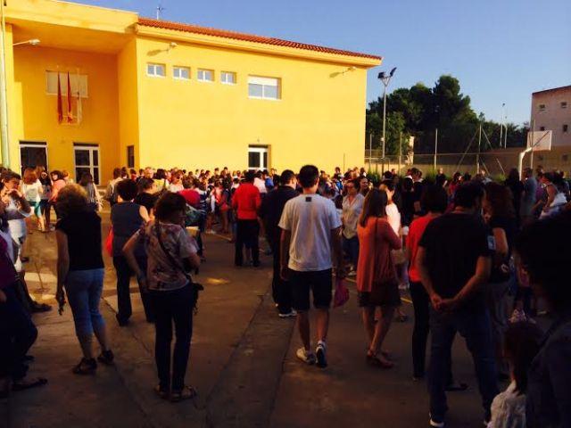 Un total de 3.478 alumnos de Educación Infantil y Primaria comenzaron hoy el curso escolar 2015/16 con normalidad en los once colegios de Totana, Foto 3