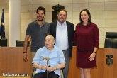 Mateo Garc�a realiza una nueva donaci�n de su archivo personal
