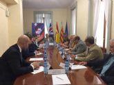 La embajada brit�nica incluye a Mazarr�n en un programa intermunicipal para integrar a sus residentes