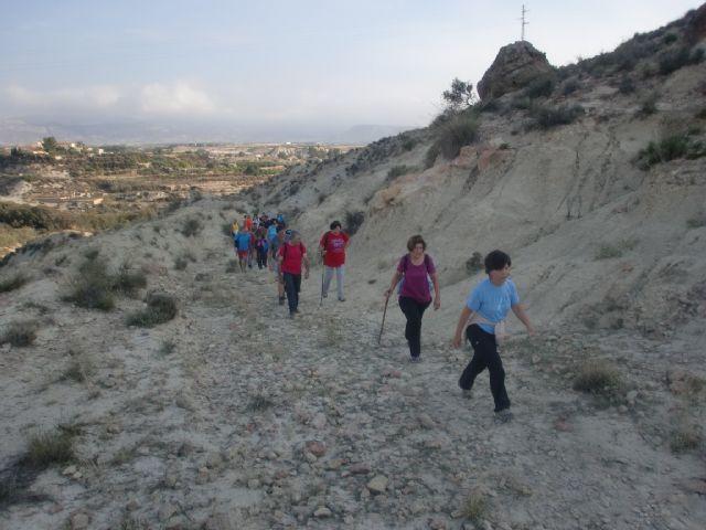33 personas participaron en una ruta senderista por Mula y Albudeite, Foto 7