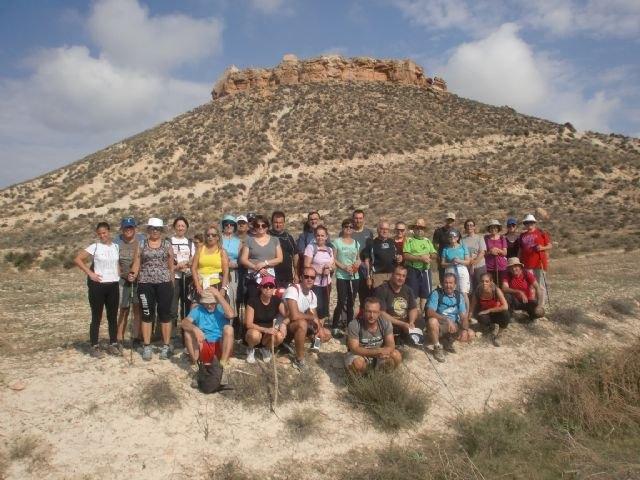 33 personas participaron en una ruta senderista por Mula y Albudeite, Foto 1