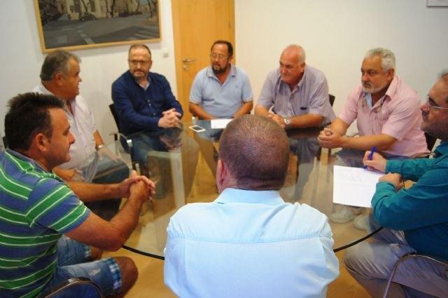 Autoridades municipales se reúnen con la Comunidad de Regantes, Foto 3
