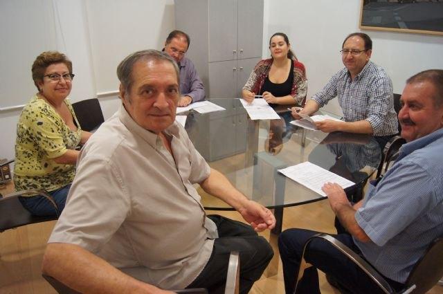 El escritor totanero Ginés Rosa dona al Archivo Municipal varios documentos medievales y otros de los siglos XVI, XVII y XVIII, Foto 1