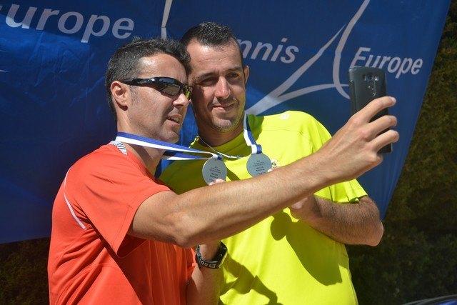 El totanero Pedro Cánovas Subcampeón de Europa por Clubs de veteranos +35, Foto 4