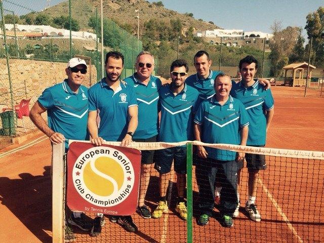 El totanero Pedro Cánovas Subcampeón de Europa por Clubs de veteranos +35, Foto 5