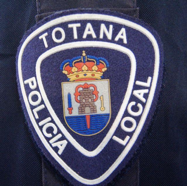 La Policía Local de Totana detiene este fin de semana al autor de un robo en el interior de un vehículo, Foto 1