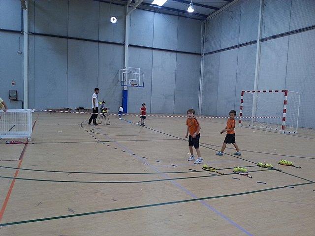 Comenzan las clases de tenis extraescolares en La Hoya, impartidas por la Escuela de Tenis Kuore de Totana, Foto 5