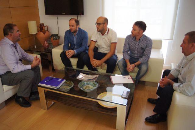 El Gobierno municipal se reúne con AEMCO, Foto 1