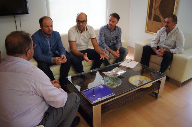 El Gobierno municipal se reúne con AEMCO, Foto 2