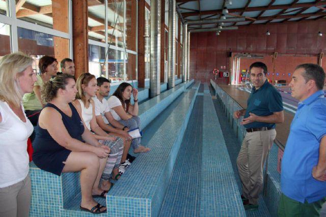 Alcantarilla el alcalde de alcantarilla visita las for Piscina alcantarilla