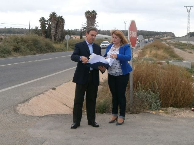 Fomento mejorará la seguridad vial y el acceso al complejo deportivo de Mazarrón con una nueva rotonda, Foto 1