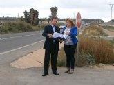 Fomento mejorará la seguridad vial y el acceso al complejo deportivo de Mazarrón con una nueva rotonda