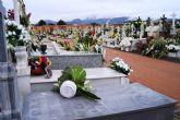El viento y la lluvia provocan desperfectos en el cementerio - 6