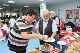 La Asociación Ecuménica celebra el adviento con una degustación solidaria de tartas