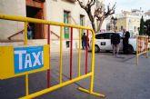 La parada municipal de taxis se traslada la puerta del Ayuntamiento de Totana mientras se produce la instalación y celebración de la Feria de Día
