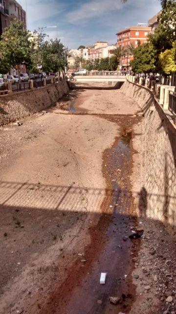 El PP denuncia el vertido de aguas residuales sin control al cauce de la rambla de La Santa durante varias semanas, Foto 5
