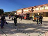 Protección Civil ofrece unas sesiones teóricas sobre primeros auxilios ante accidentes domésticos a los alumnos de los colegios San José y La Cruz