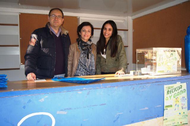 Las concejalías de Medio Ambiente y Educación Ambiental continúan con la campaña de concienciación ciudadana para el adecuado reciclado de selectiva, Foto 1