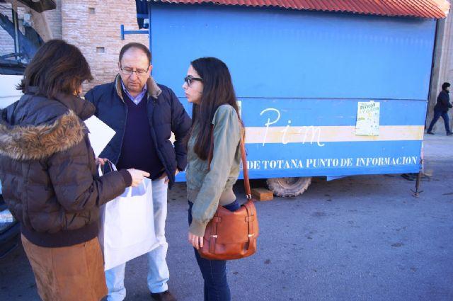 Las concejalías de Medio Ambiente y Educación Ambiental continúan con la campaña de concienciación ciudadana para el adecuado reciclado de selectiva, Foto 4