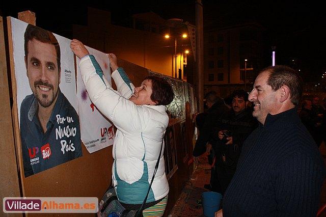 Comienza la campaña electoral con la tradicional pegada de carteles - 10