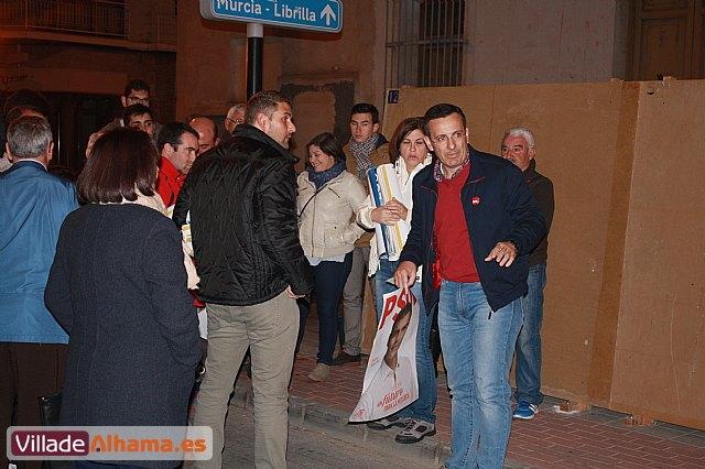 Comienza la campaña electoral con la tradicional pegada de carteles - 5