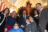 Los candidatos del PP Teodoro García e Isabel Borrego asintieron al recibimiento de Santa Eulalia en el Rulo y posterior traslado a San Roque