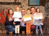 Premios del concurso de belenes y felicitaciones de navidad 2015