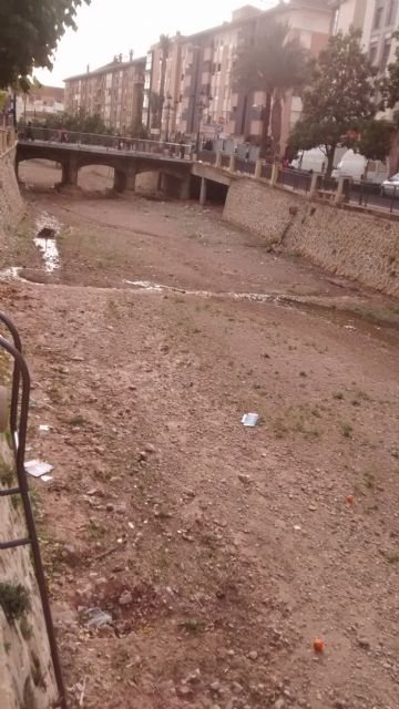 El PP denuncia el estado en el que se encuentra la rambla de la Santa por filtraciones de aguas fecales, Foto 1