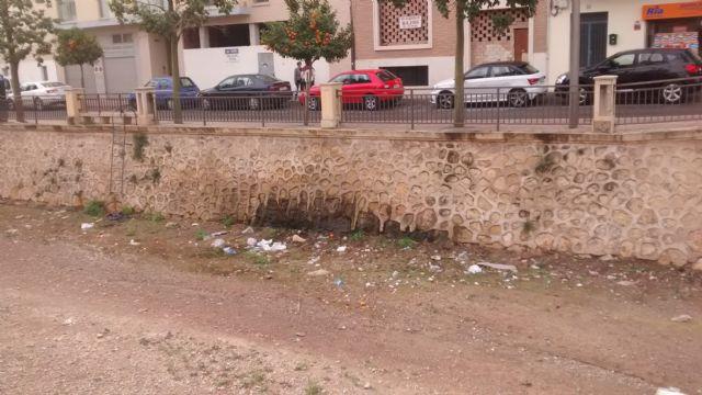 El PP denuncia el estado en el que se encuentra la rambla de la Santa por filtraciones de aguas fecales, Foto 2