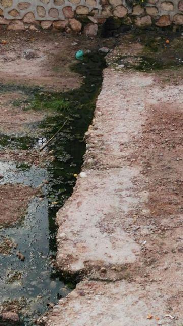 El PP denuncia el estado en el que se encuentra la rambla de la Santa por filtraciones de aguas fecales, Foto 4