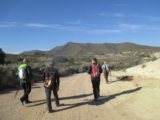 La Concejalía de Deportes cerró el año 2015 con una jornada de senderismo por la diputación de El Raiguero Bajo, Foto 7